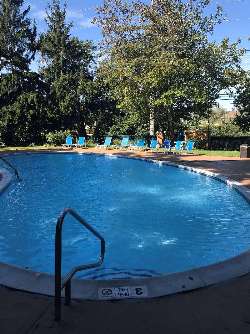 Pool Best Western Woodbury Inn