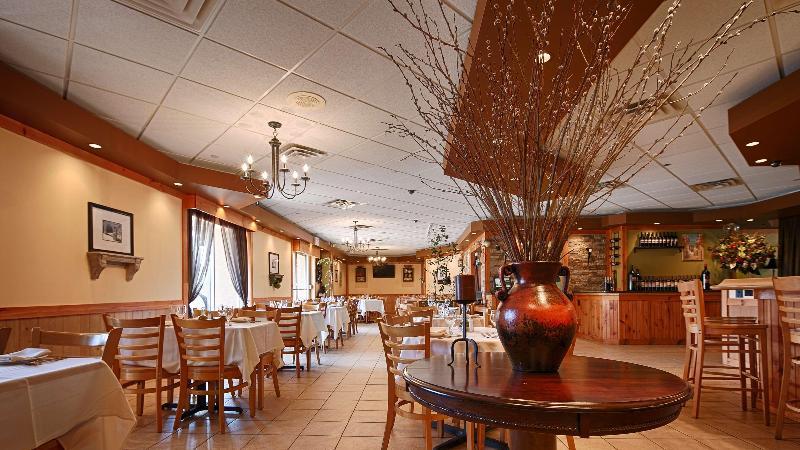 Restaurant Best Western Mill River Manor