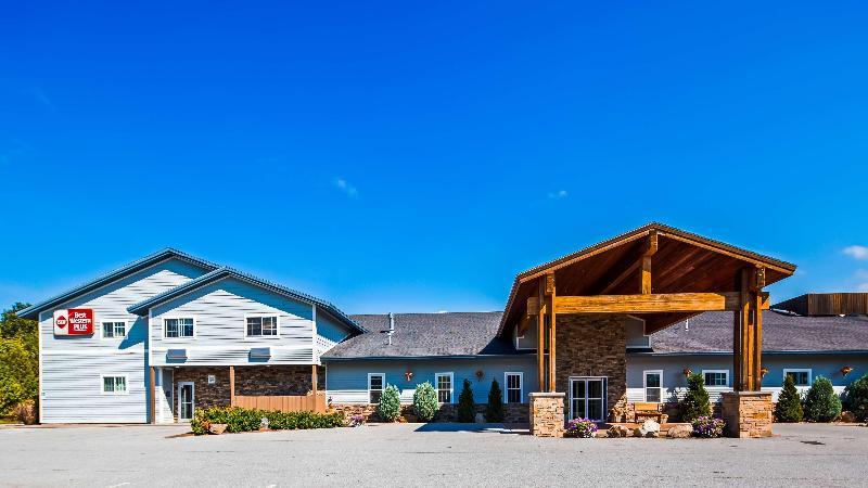 General view Best Western Plus Ticonderoga Inn & Suites