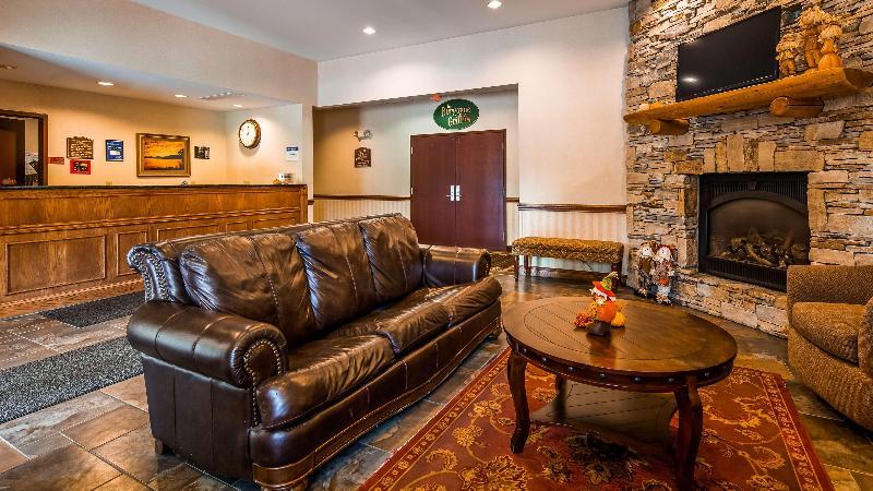 Lobby Best Western Plus Ticonderoga Inn & Suites