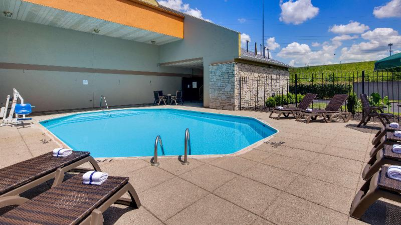 Pool Best Western Clermont