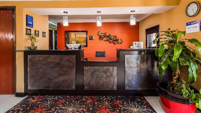 Lobby Best Western Kenosha Inn