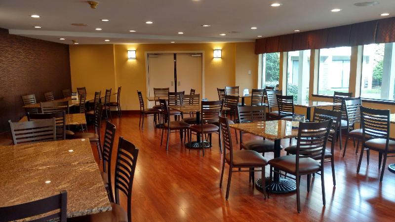 Restaurant Best Western Pony Soldier Inn - Airport