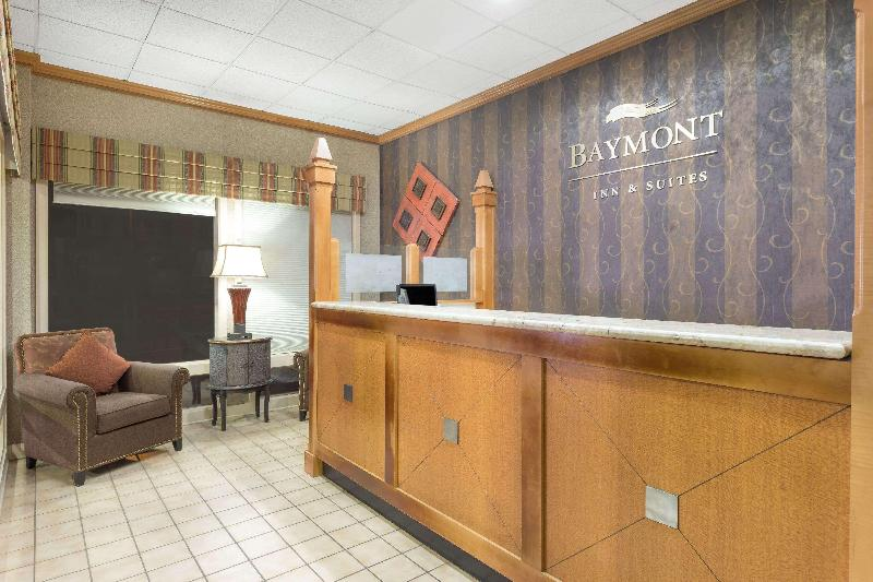 Lobby Baymont Inn & Suites Sevierville Pigeon Forge