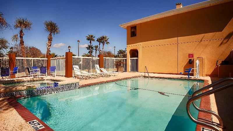 Pool Best Western Paradise Inn