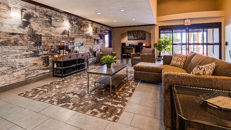 Lobby Best Western Plus University Inn & Suites
