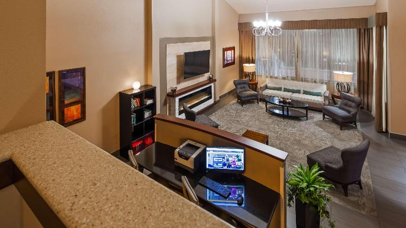 Lobby Best Western West Towne Suites