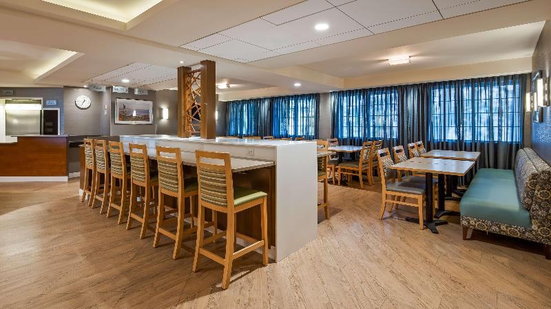 Restaurant Best Western West Towne Suites