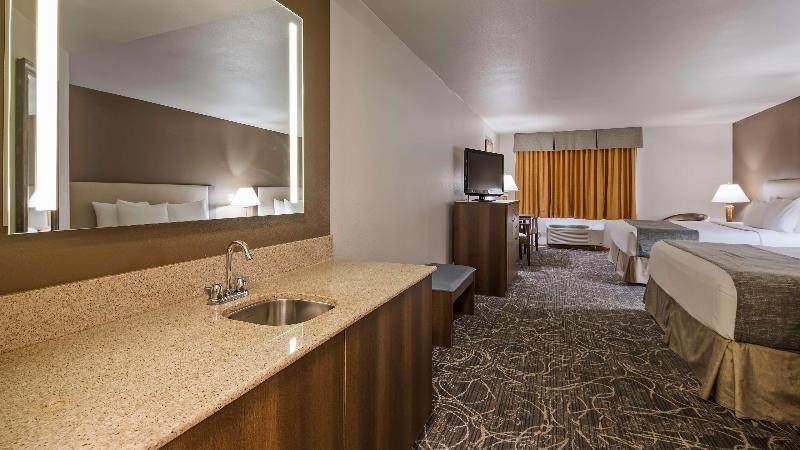 Room Best Western West Towne Suites