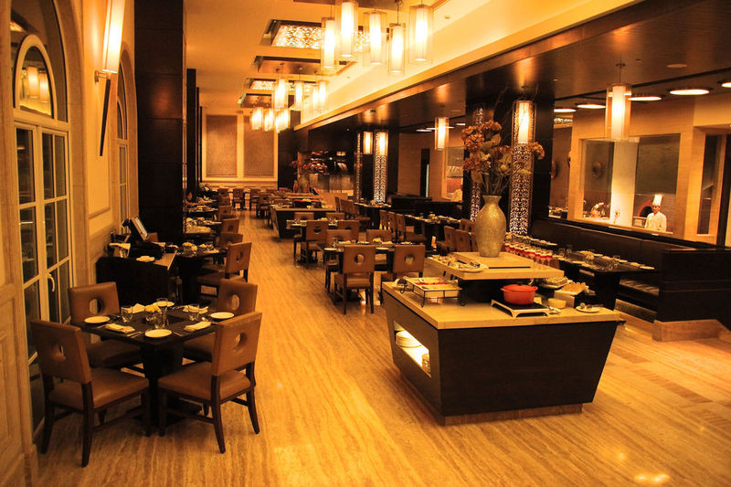 Restaurant The Pllazio Hotel Gurgaon