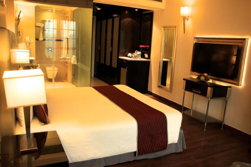 Room The Pllazio Hotel Gurgaon