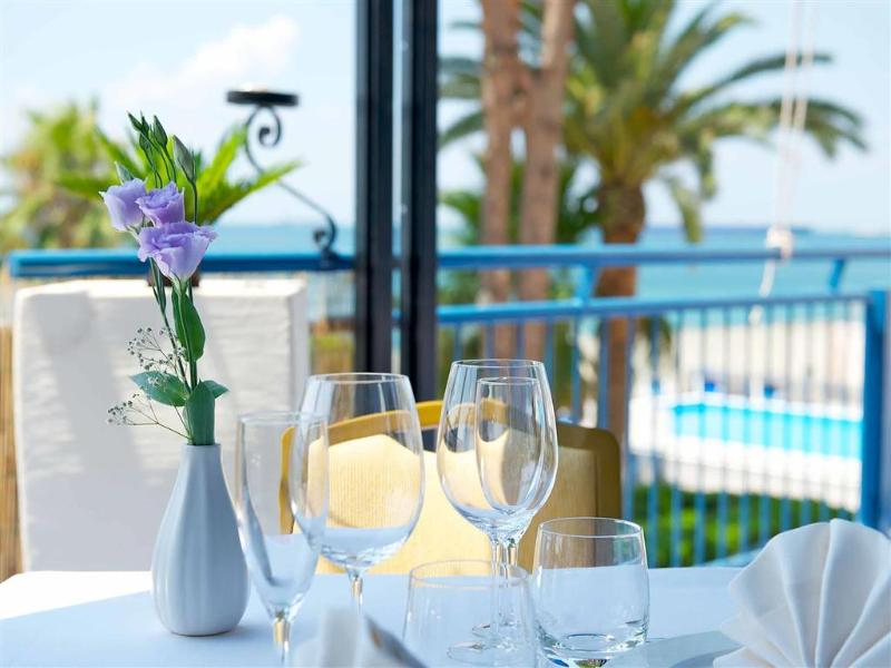 General view Hotel Mercure Delfino Taranto
