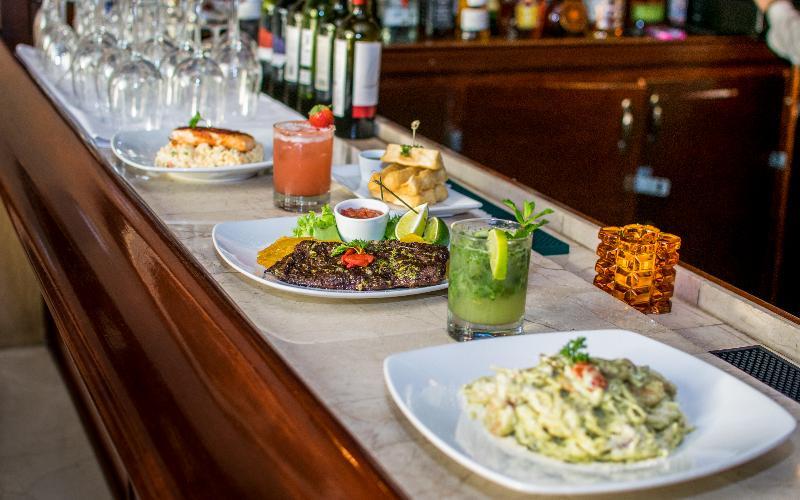 Bar Regency Hotel Miami