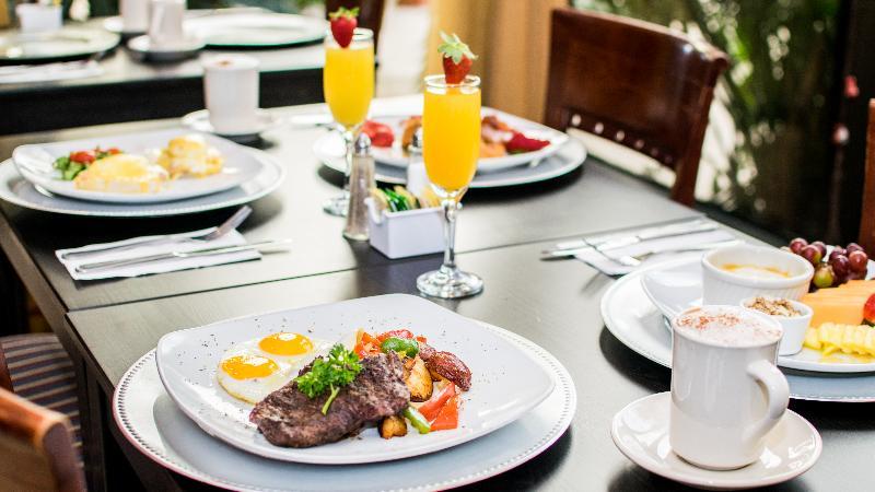 Restaurant Regency Hotel Miami