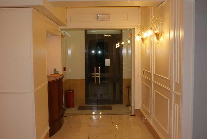 Lobby Hotel Villa Rosa