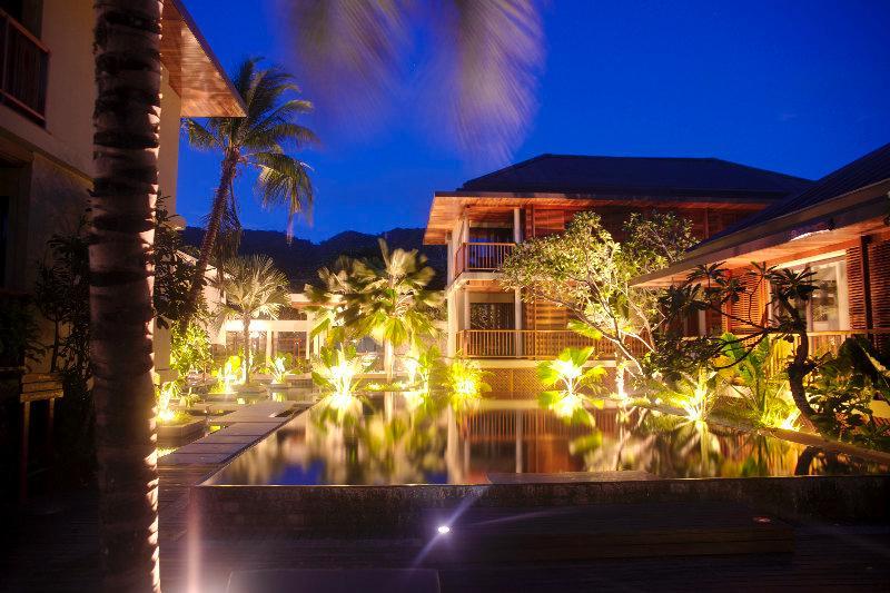 Lobby Dhevatara Beach Hotel & Spa