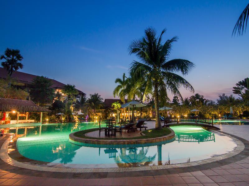 Pool Palace Residence & Villa