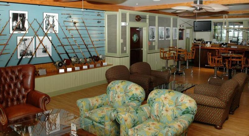 Lobby Charleston Harbor Resort & Marina
