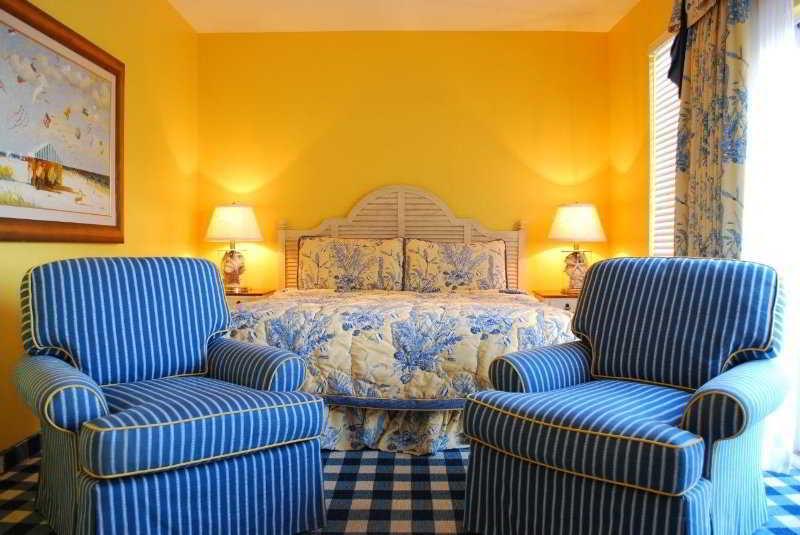 Room Charleston Harbor Resort & Marina