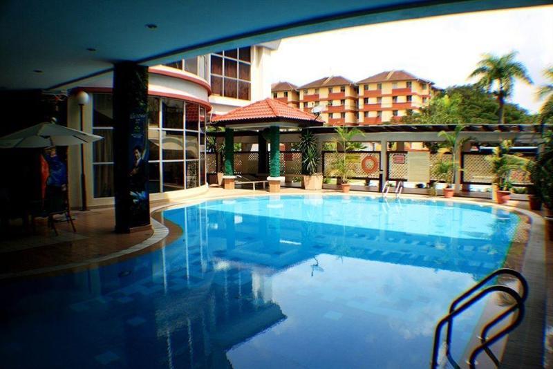 De Palma Hotel Shah Alam - Pool - 2