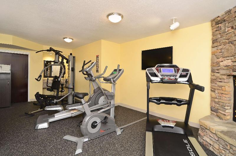 Sports and Entertainment Best Western Cades Cove Inn