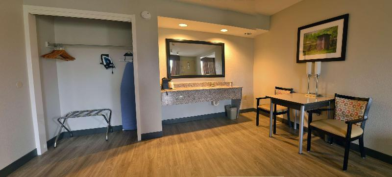 Room Best Western Cades Cove Inn