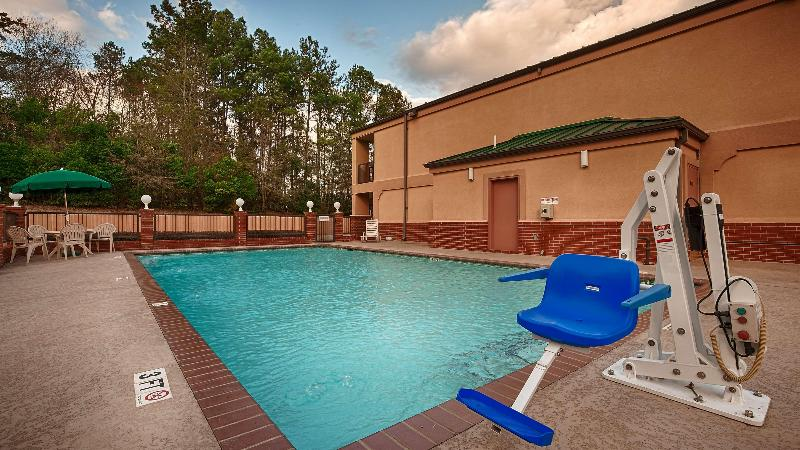 Pool Best Western Inn Of Nacogdoches