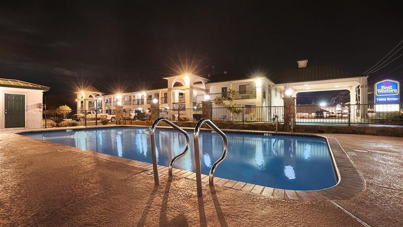 Pool Inn-three Rivers