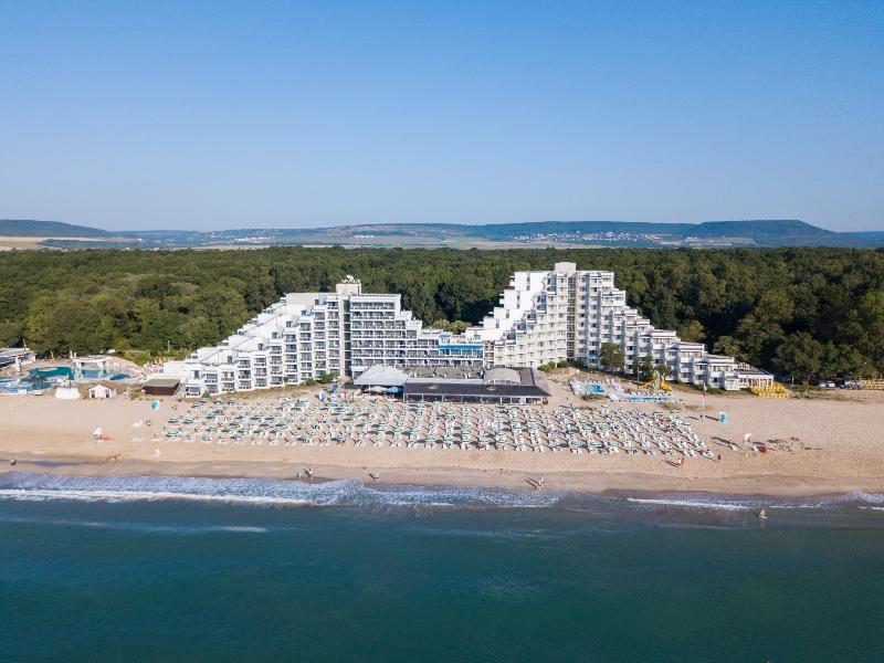 Beach Mura