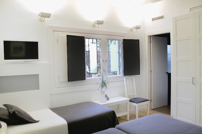 Room Sitges
