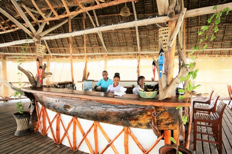 Bar Paradise Beach Resort