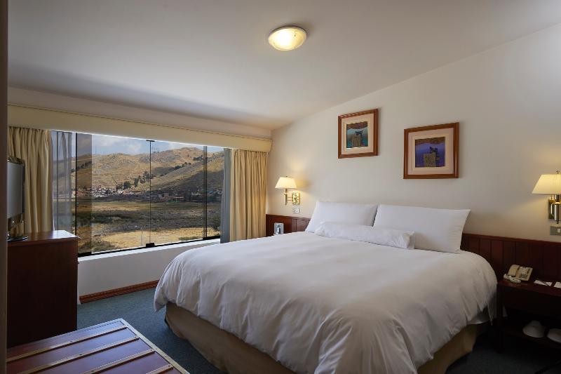 Room Libertador Lago Titicaca