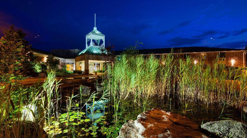 General view Best Western Plus Stoneridge Inn & Conf Centre