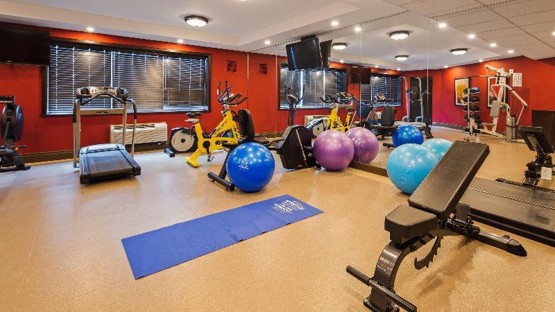 Sports and Entertainment Best Western Plus Stoneridge Inn & Conf Centre