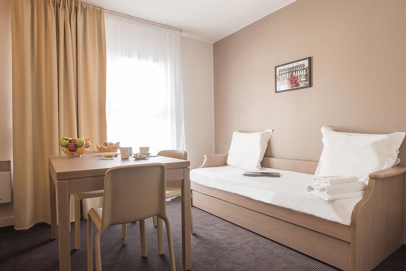 Appart´City Versailles Saint Cyr l´Ecole - Room - 8