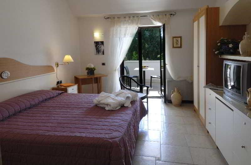 Room Masseria Chiancone Torricella