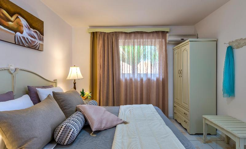 Room Agrimia Holiday Apartments