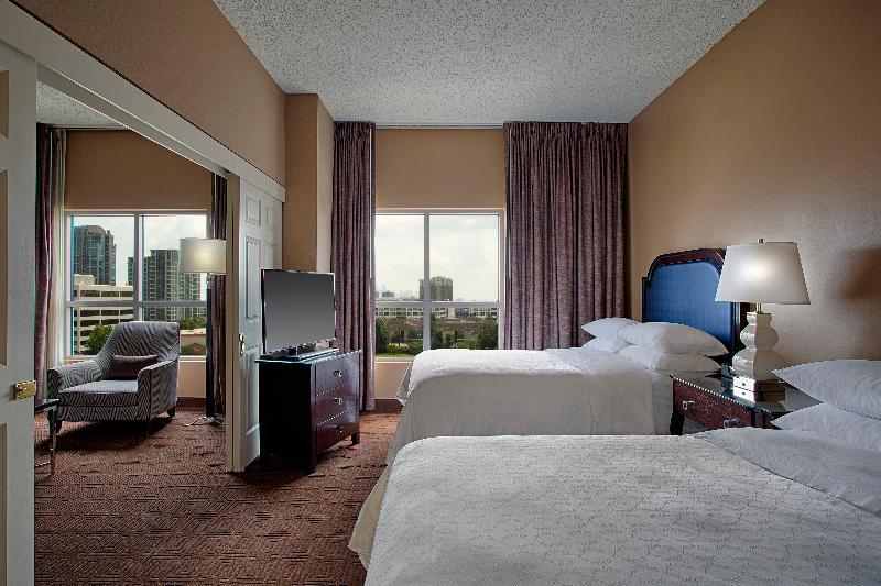 Room Sheraton Suites Houston Near The Galleria