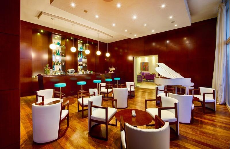 Bar Eden Roc At Cap Cana