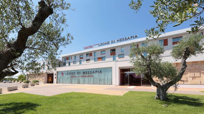 Best W. Plus Leone di Messapia  & Conference
