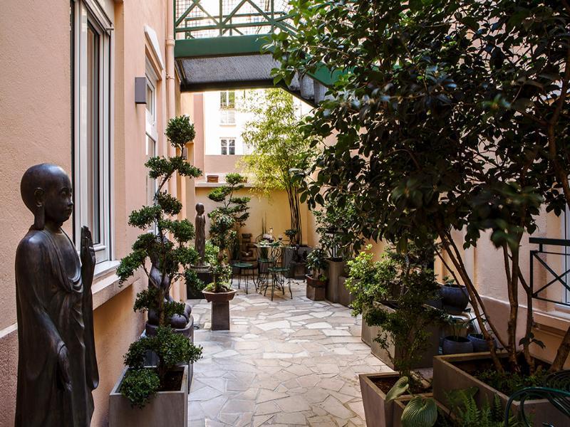 Terrace Aberotel Montparnasse