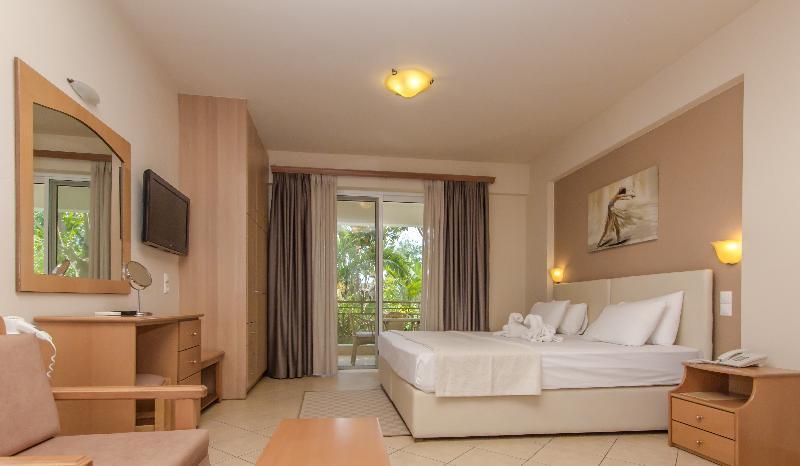 Room Colonides Beach