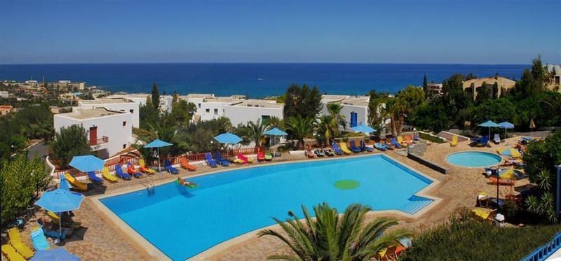 Best Western Sunshine Village - Pool - 12