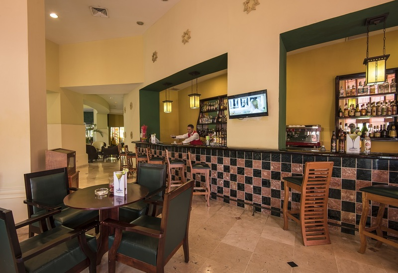 Bar Four Points By Sheraton Havana