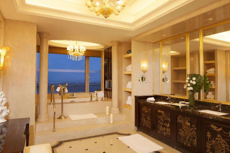 Room Hilton Nanjing Riverside