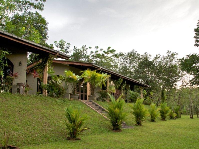 General view Cinnamon Village