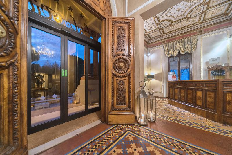 Lobby De La Ville