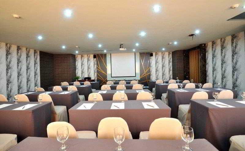 Conferences Grand Howard Hotel