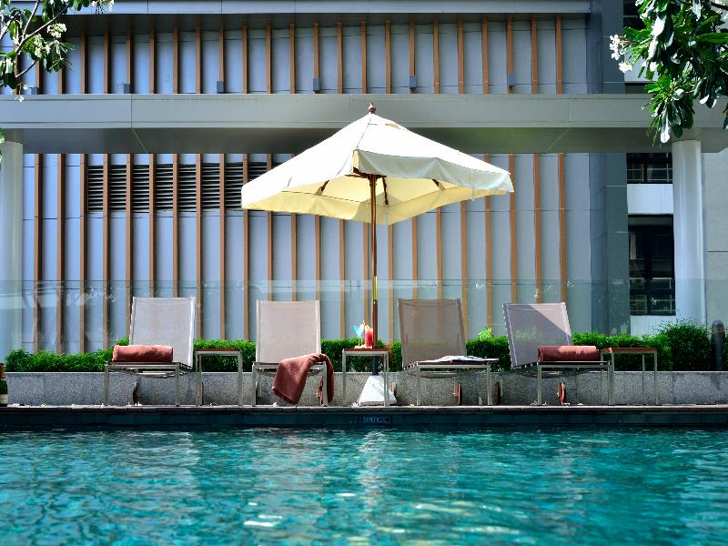 Pool Aetas Residence