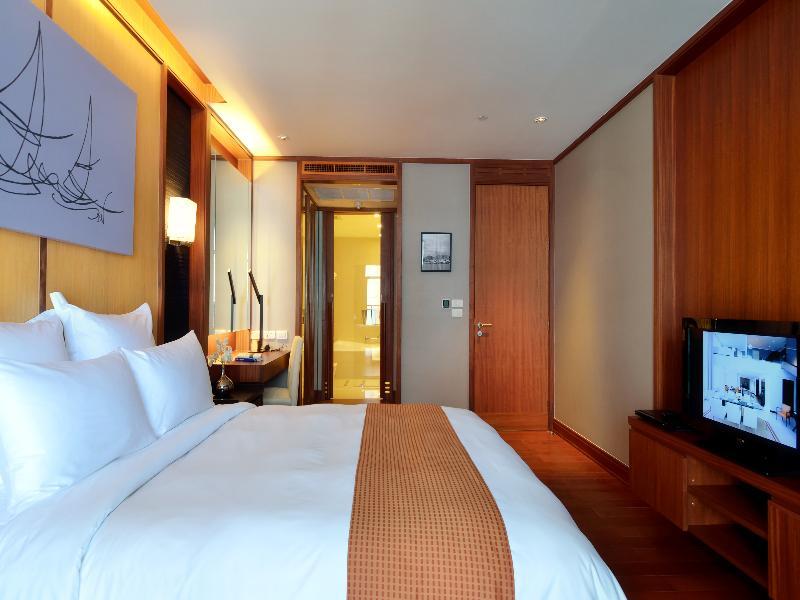 Room Aetas Residence